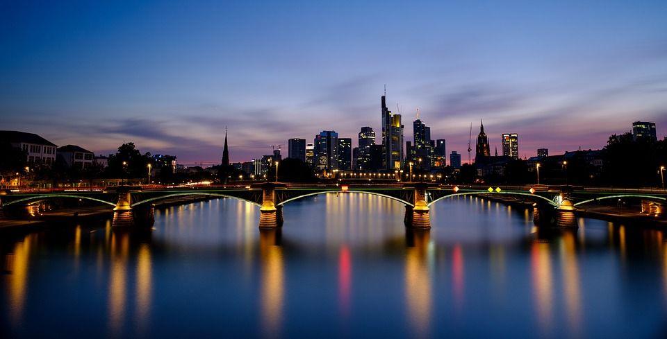 Er sucht Sie in Frankfurt am Main
