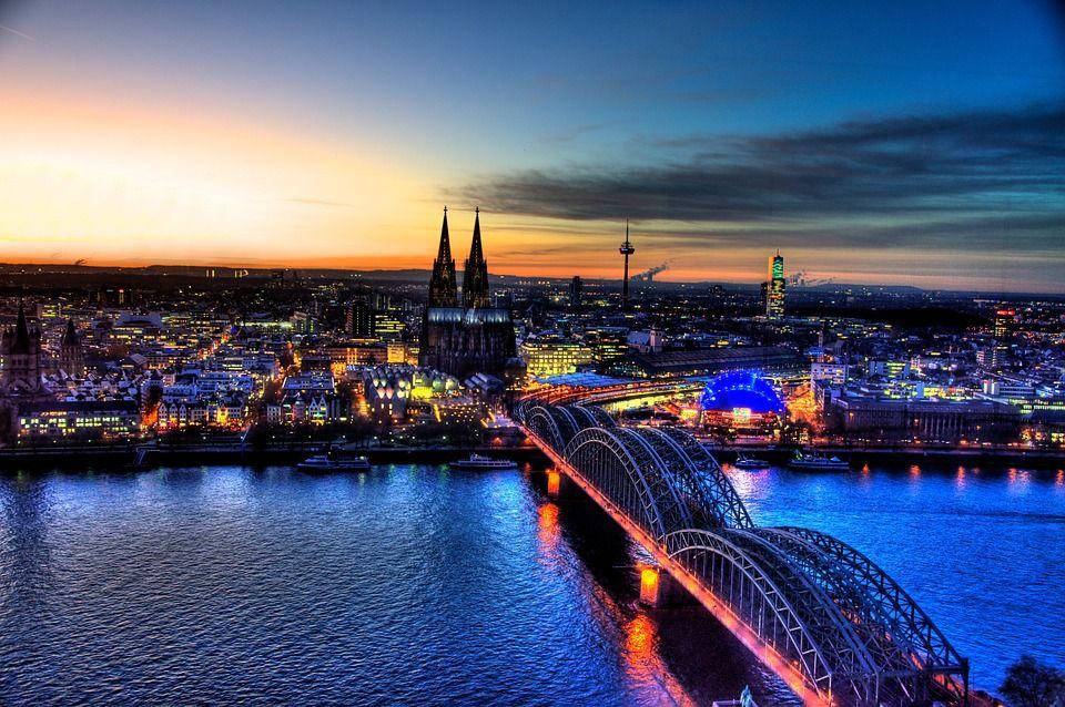 Er sucht Sie in Köln
