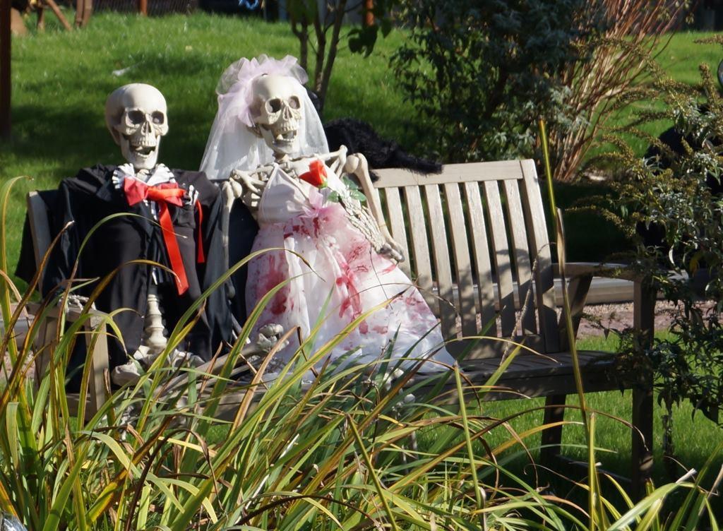 Horror Date? Die besten Wege zu flüchten!